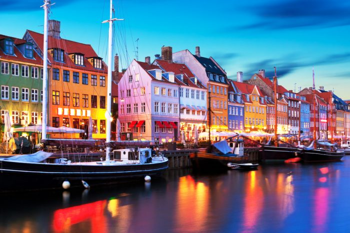 Dinamarca: Becas Para Doctorado en Cualquier curso de asignaturas ofrecido por la universidad Copenhagen Business School